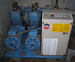 テラル AX-LAT402-51.5D 減圧弁方式 加圧給水ポンプユニット 全景