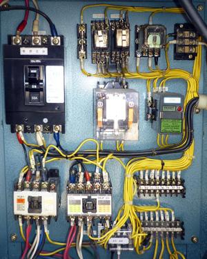 エバラ 制御盤 YIPD23.7BD 内部