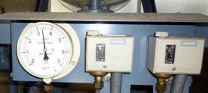 エバラ 圧力スイッチ 圧力ゲージ